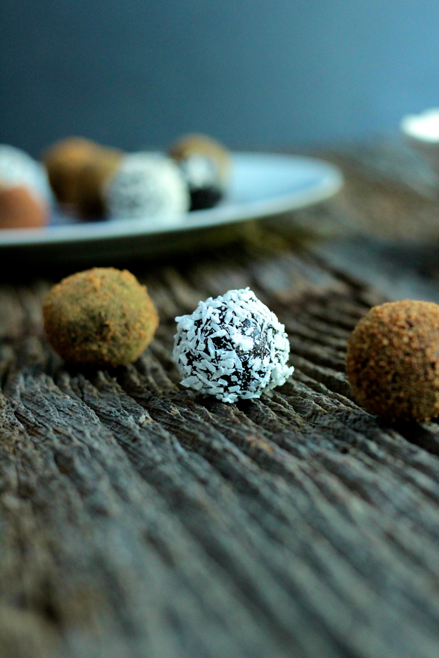 Truffles…The Raw, Vegan Kind | cored + diced